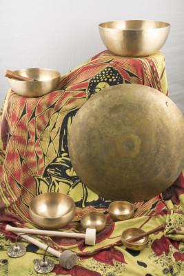 Bols tibétains, gong, clochette Tingsha